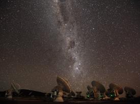 The Atacama Large Millimeter/submillimeter Array