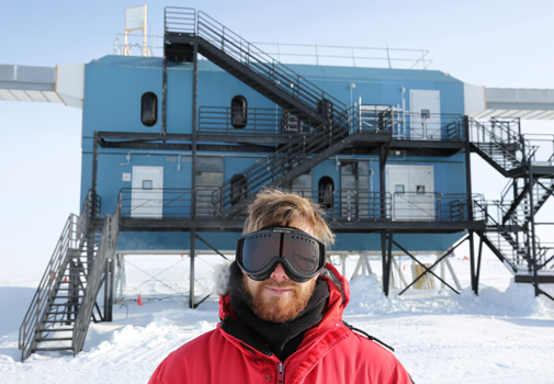 Morten Medici in front of the lab at the South Pole