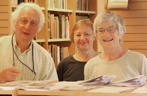 Finn Aaserud, director of the Niels Bohr Archive, Lis Rasmussen, librarian and Felicity Pors, research assistant