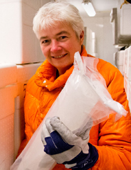 Dorthe Dahl-Jensen with an ice core