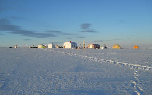 Camp på isen