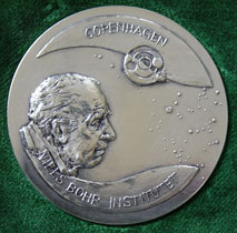 Forstørrelse af medaljens forside